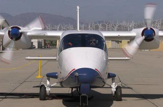 Электросамолёт Х-57 впервые запустил моторы
