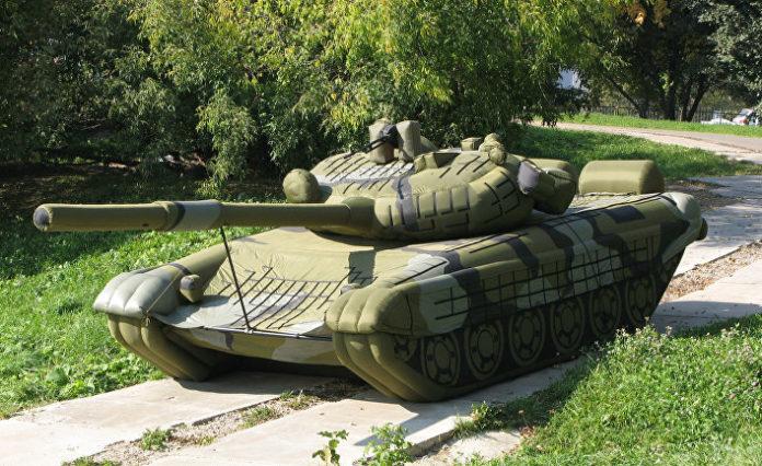 Зачем нужны надувные танки